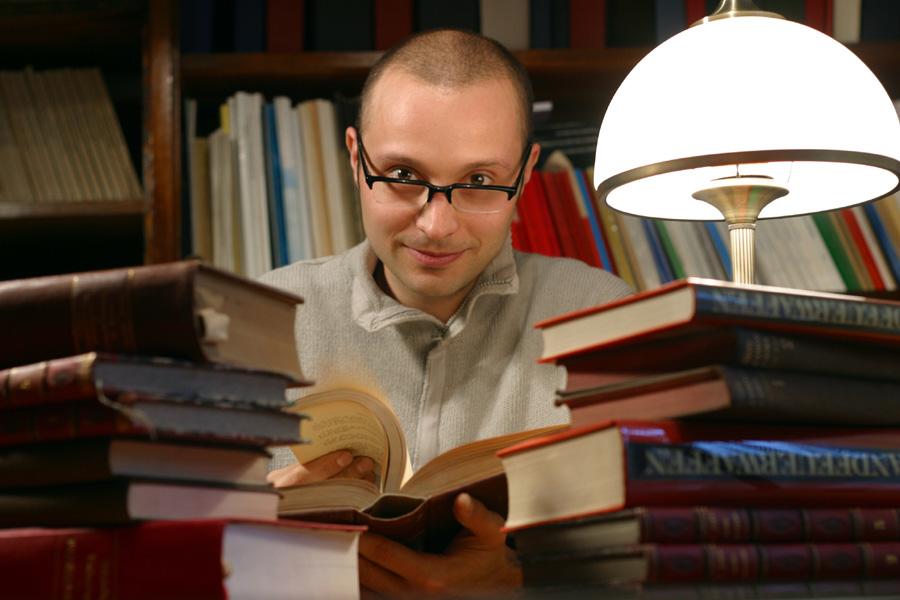 profesor Piotr Girdwoyń, kryminolog