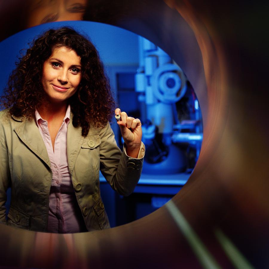 dr Joanna Wojewoda-Budka, chemik